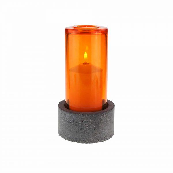 Concrete dunkel mit Farbglas mandarin
